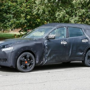 spyshots 2017 maserati levante production model spied for the first time